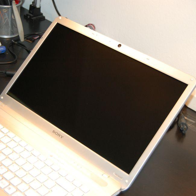 LCD Keret Rögzítés